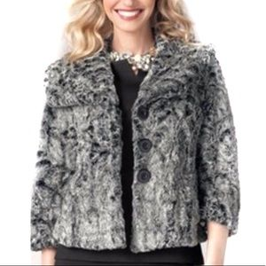 Cabi Chinchilly gray faux fur swing jacket sz M